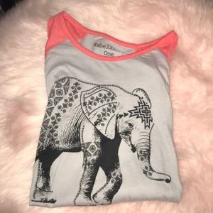 Super cute 3/4 sleeve elephant baseball tee